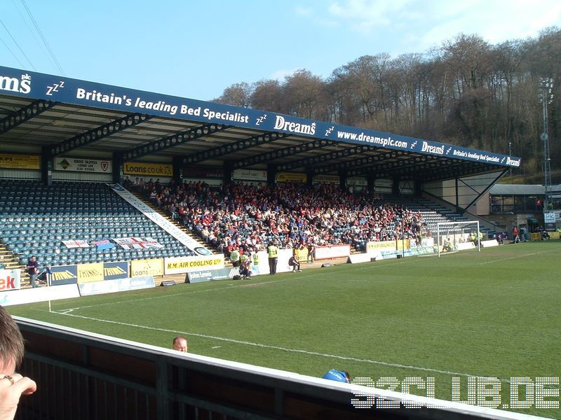 Wycombe Wanderers - Shrewsbury Town, Adams Park, League Two, 07.04.2007 - Shrewsbury Supporters