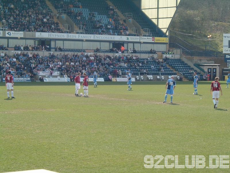 Wycombe Wanderers - Shrewsbury Town, Adams Park, League Two, 07.04.2007 - Kickoff