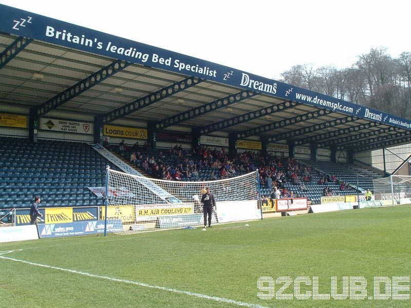 Wycombe Wanderers - Shrewsbury Town, Adams Park, League Two, 07.04.2007 - Away End