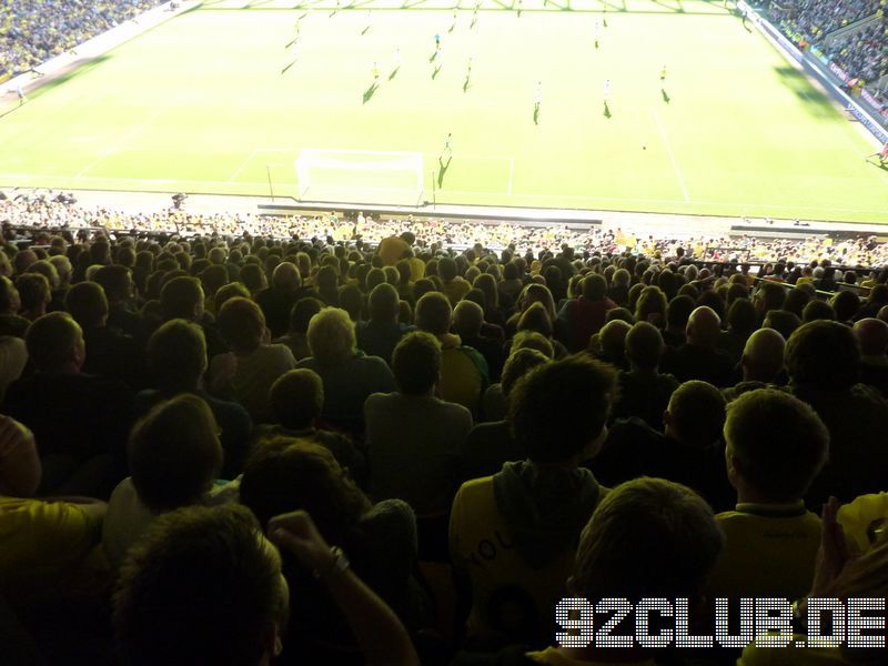 Norwich City - Swansea City, Carrow Road, Premier League, 15.10.2011 -