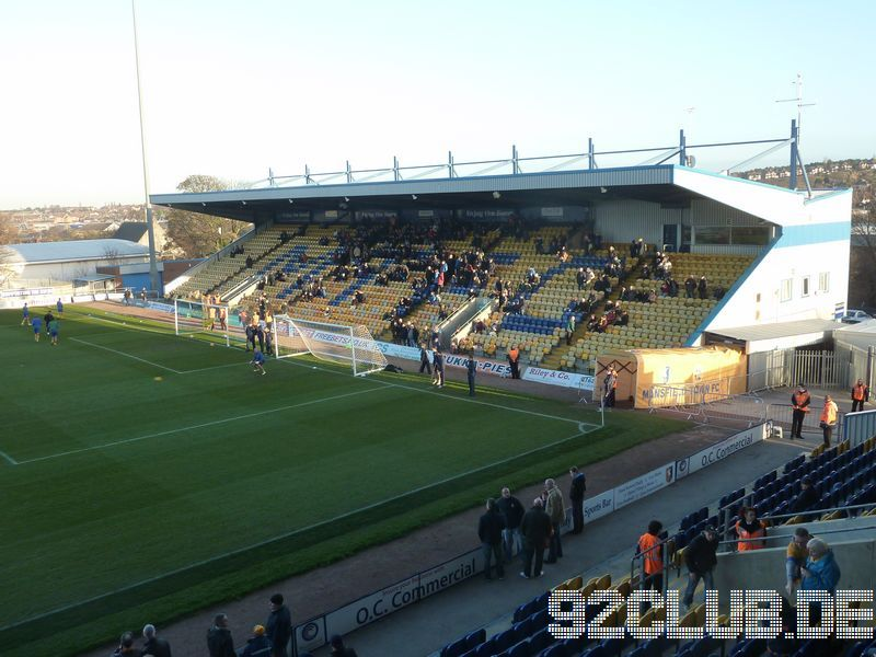 Mansfield Town - Morecambe FC, Field Mill, League Two, 30.11.2013 -