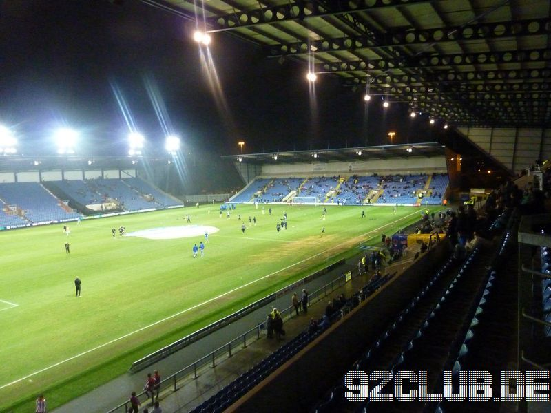 Oxford United - Burton Albion, Kassam Stadium, League Two, 29.01.2013 -